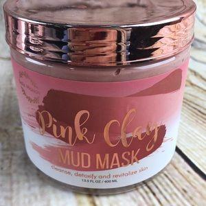 Pink clay mud mask